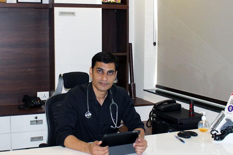 dr. suneet kumar verma-Internal Medicine